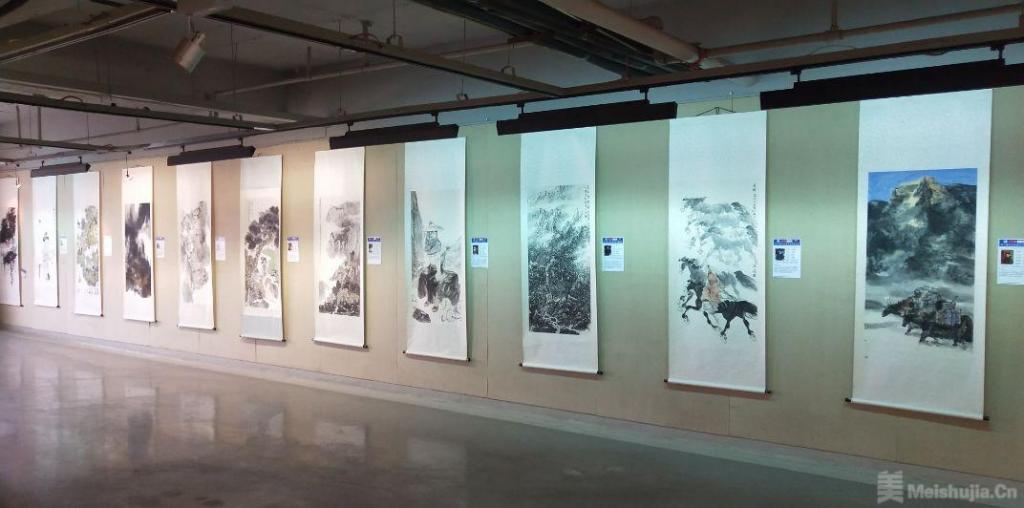 第八届东北亚国际书画摄影展在长春开幕