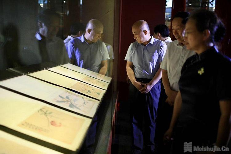 京沈故宫遥相对展 中国古代花木题材文物特展开幕