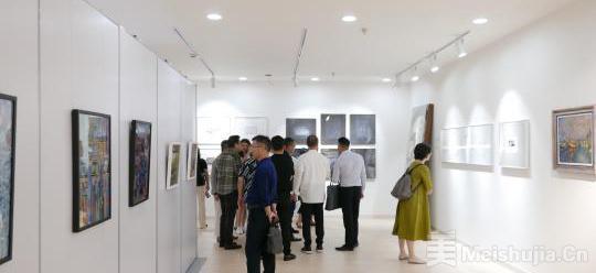 上海市首届国际设计师艺术作品展开幕 27位设计师近百件作品参展