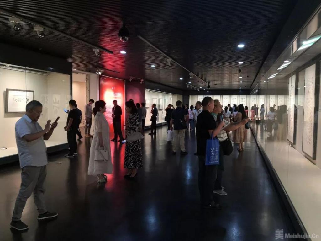 月耀金陵——赵冷月书法精品展在南京举行