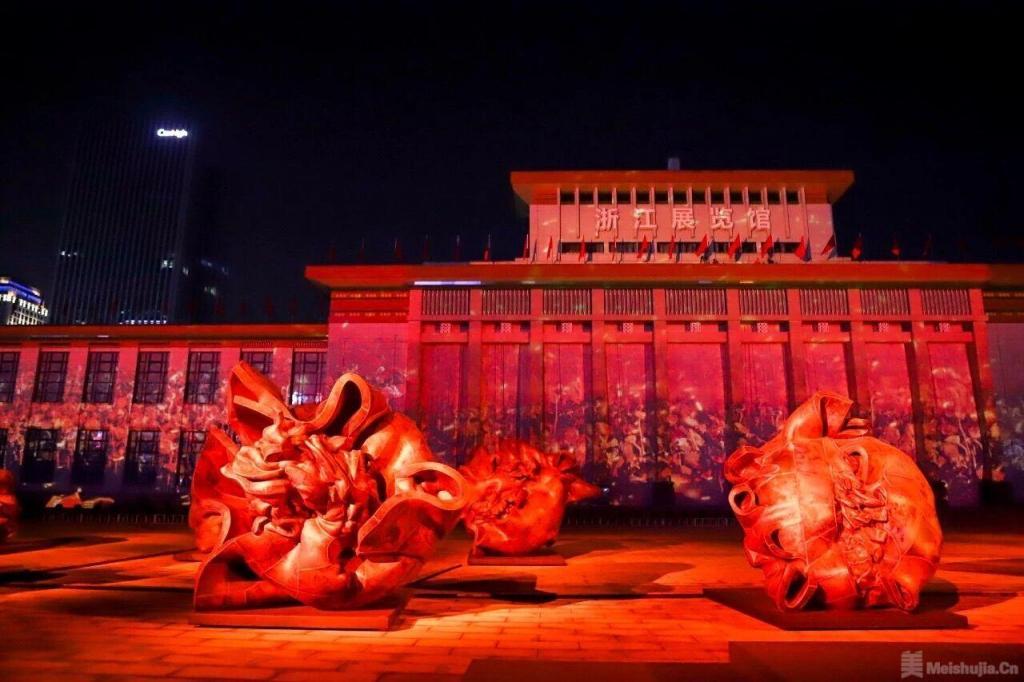 许江:向阳花开 葵颂祖国——大型雕塑影像展演在杭州开幕