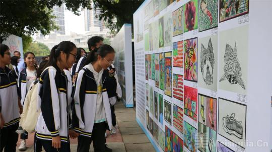 广西柳州市与国际友好城市举办绘画展 促进文化交流