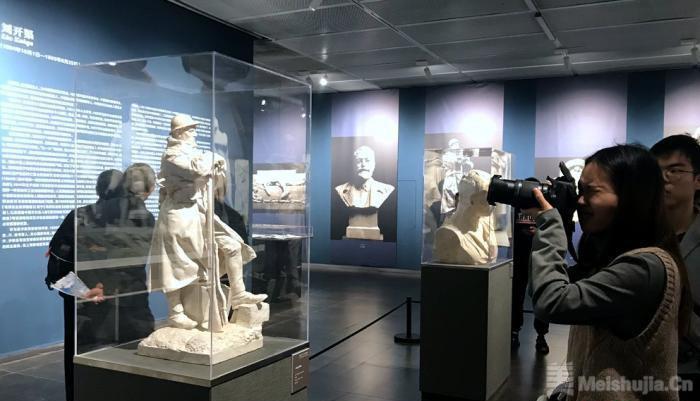 法国雕塑家让·朴舍雕塑原作首次来中国展出