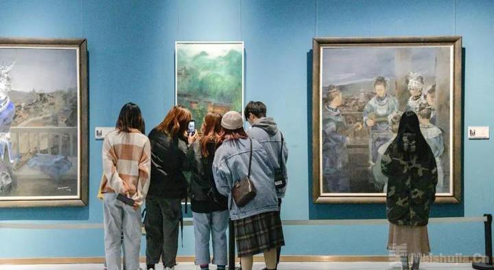 贵州少数民族题材美术作品创作人才培养项目绘画作品展开幕