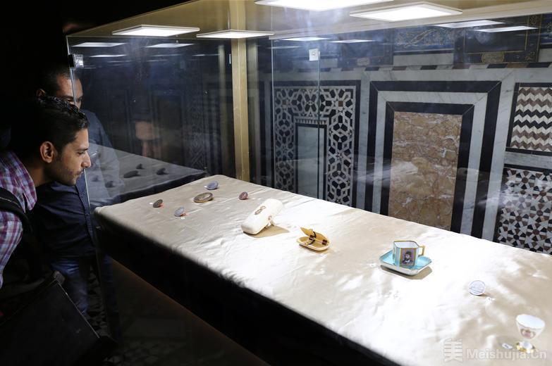 埃及举办苏伊士运河文物展