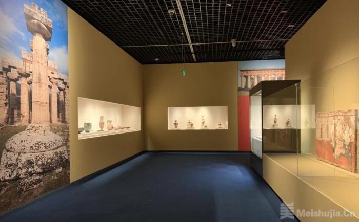 意大利帕埃斯图姆考古遗址公园134件精美文物首次亮相成都