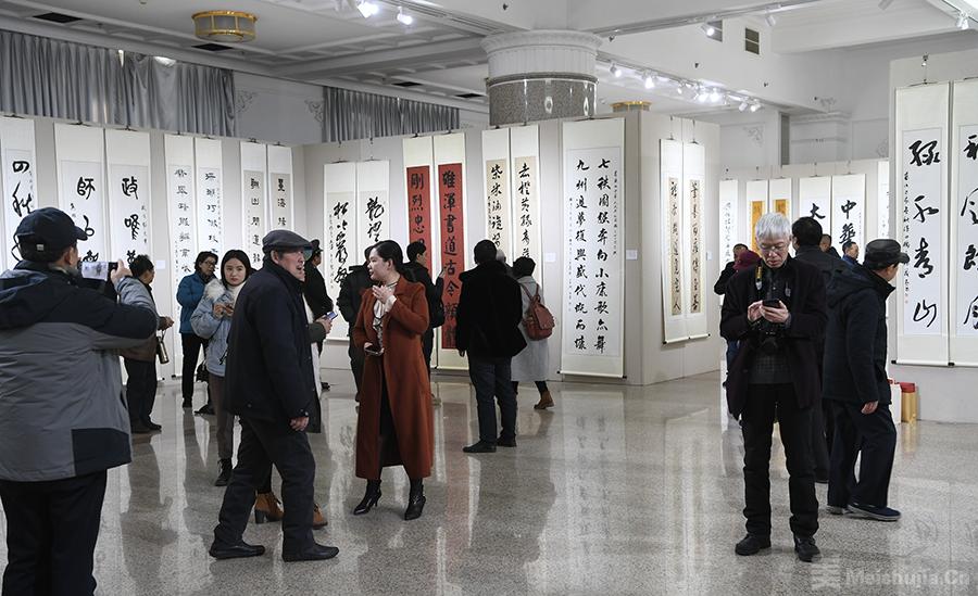 庆祝中华人民共和国成立70周年楹联书法作品展在京开幕