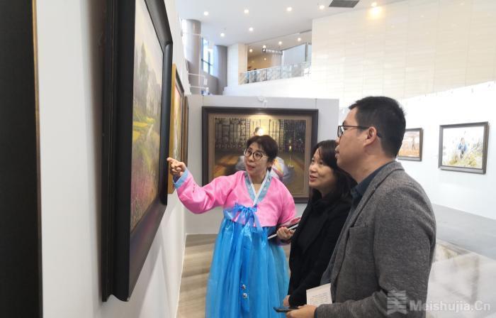 200余幅当代朝鲜美术精品亮相广西 与商周玉器擦出艺术火花