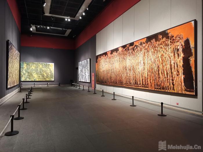 300余件向日葵作品亮相山东 刻画生命记忆