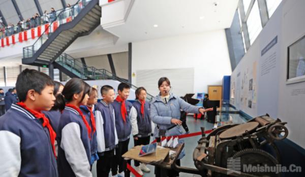 中山舰博物馆举办《舰证中德》特展 八成文物首次展出