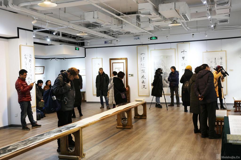 《草青——周祥林作品展》在北京介居书院美术馆开展