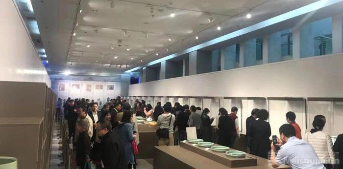 当代龙泉青瓷大师作品展海口开幕