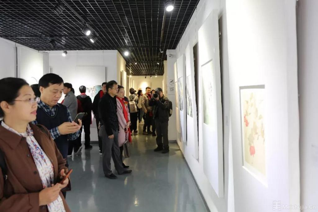 中国国家画院青年画院首展亮相顺德黄连