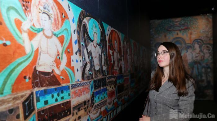 敦煌文化主题艺术展在莫斯科开幕