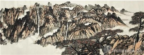 凭借山水展心曲——读杜苏旭的山水画