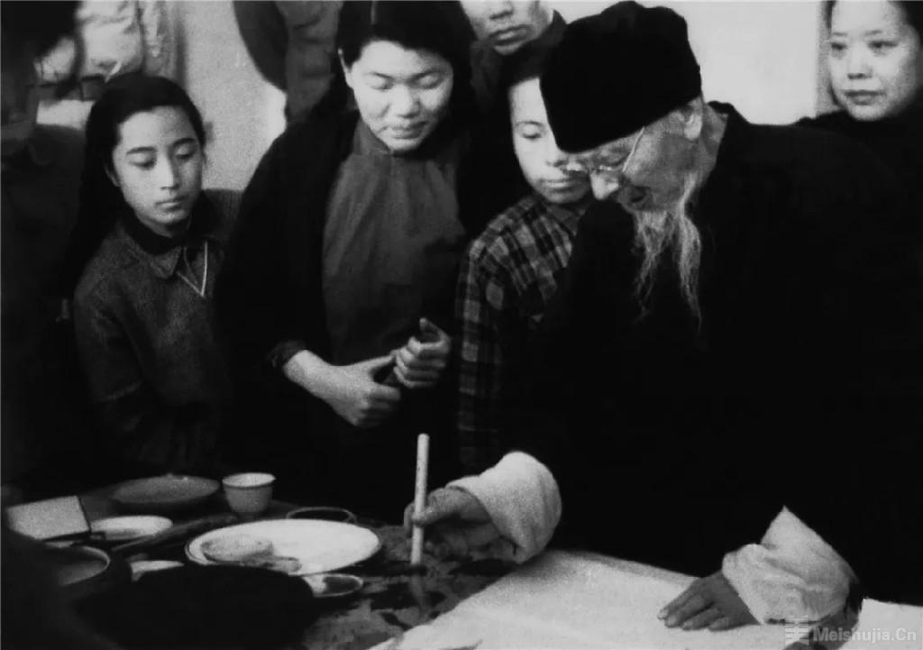七十年来中国画学科的发展之路