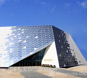 济南市美术馆逐步恢复开放