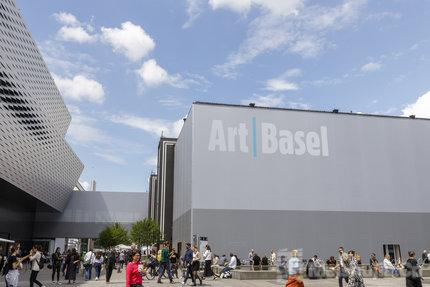 巴塞尔艺术展母公司解雇150名员工