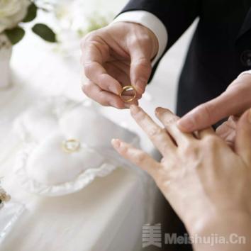 """疫情之后""""原地结婚"""",云备婚最强攻略"""