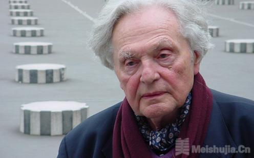 著名艺术理论家弗兰克·波普尔辞世