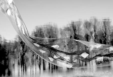 """王璜生的""""呼/吸"""":记录像风一样的生命之""""痕"""""""