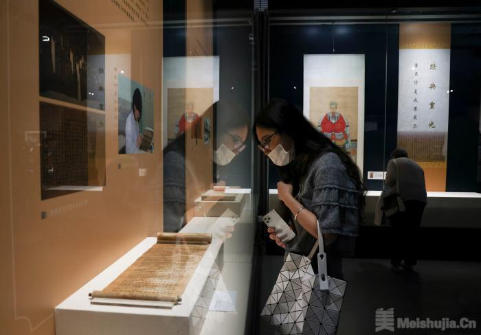 最大规模古籍修复成果展亮相国家典籍博物馆