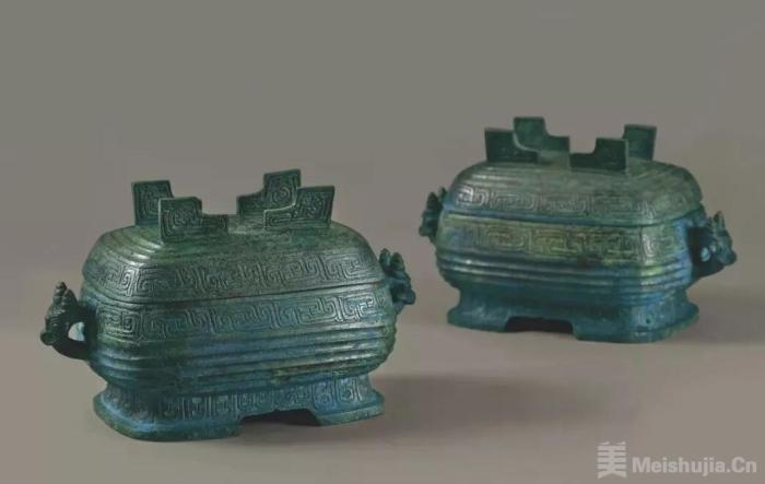 湖北首次大规模展出曾国遗址近10年出土文物精品