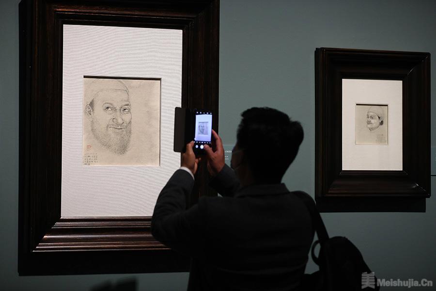 现当代著名美术家素描作品亮相国博