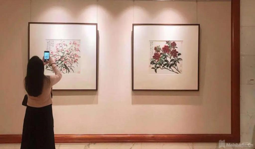 何水法展览携巨幅新作《春在人间》亮相杭州