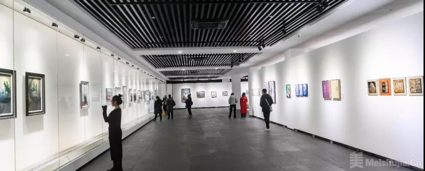 """2021""""时代美育""""海上美术作品展在沪开幕"""