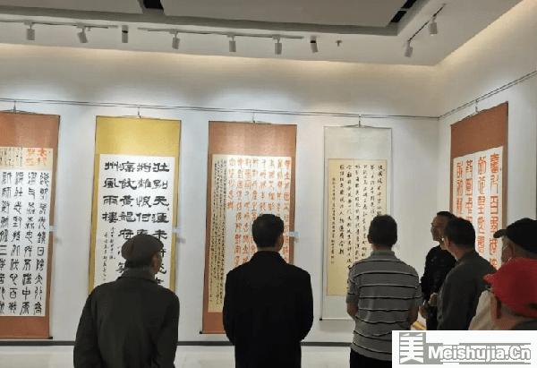 安宁市庆祝中国共产党成立100周年书法作品展开展
